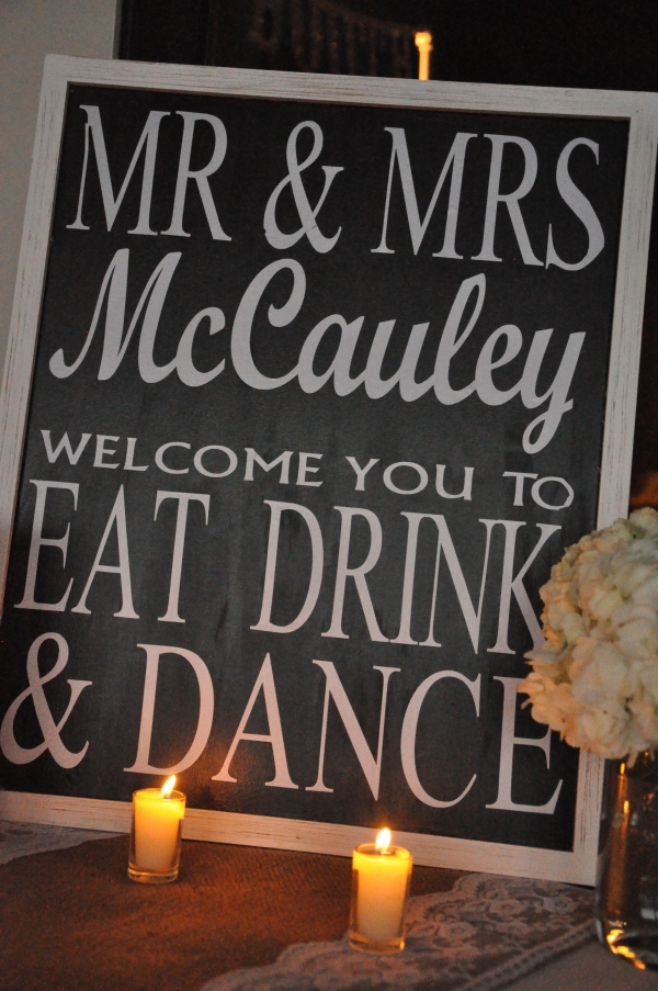 Entry table sign