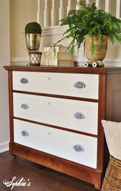 Two-tone changing table